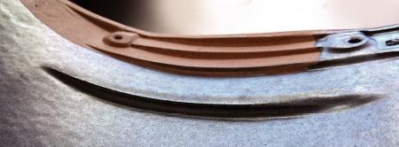 4段の強力な防水壁(水返し)イメージ